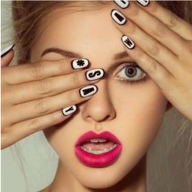 Extreme νύχια or #NOT : Αντιγράψτε το μανικιούρ των celebrities