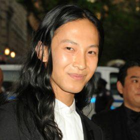 Μετά τον Balenciaga το χάος; Δείτε τι έκανε ο Alexander Wang μετά την αποχώρησή του από τον Οίκο