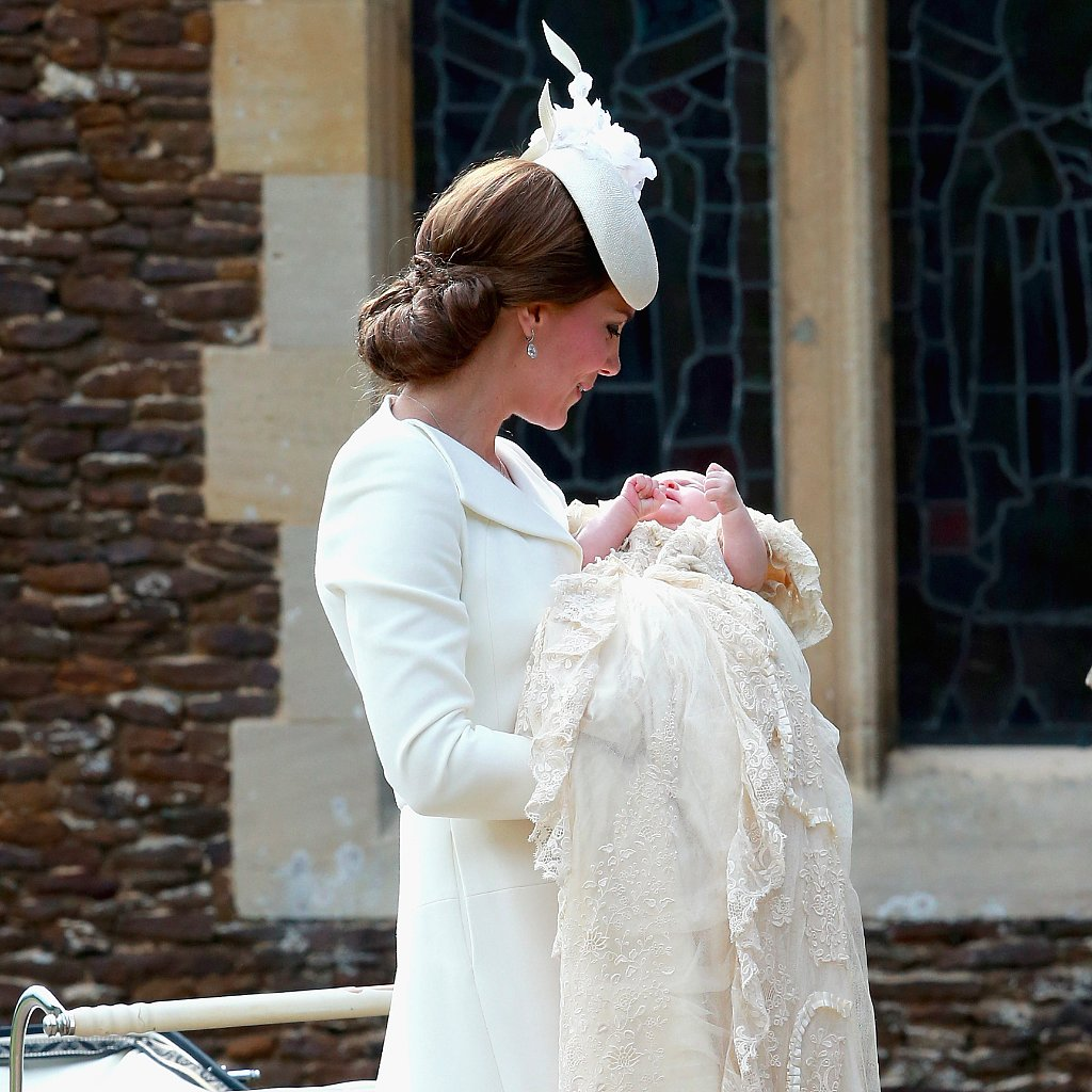 Kate-Middleton-Dress-Princess-Charlotte-Christening