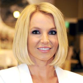 OMG! Tι έκανε πάλι στα μαλλιά της η Britney