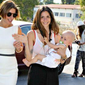 Σοφία Καρβέλα: Η νέα φωτογραφία αγκαλιά με τον νεογέννητο Νέστορα!