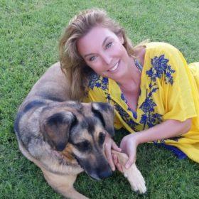 Τατιάνα Στεφανίδου: Δείτε τη στο ολοκαίνουργιο γραφείο της με stylish look