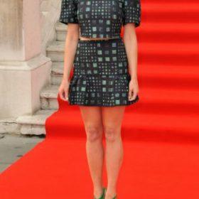 Η Gemma Arterton με Saloni