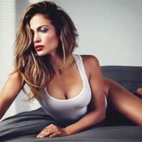 Jennifer Lopez: Πανέμορφη και χωρίς ίχνος make-up