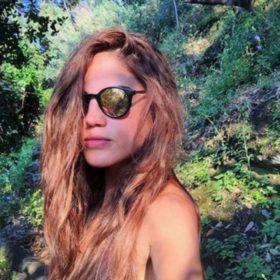Αυτός είναι ο νέος έρωτας της Μαίρης Συνατσάκη: Δείτε την για πρώτη φορά να ανταλλάσσει καυτά φιλιά στο κέντρο της Αθήνας