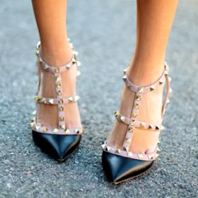 Αυτά τα 8 παπούτσια δεν θα φύγουν ΠΟΤΕ από τη μόδα
