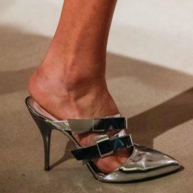 Shop it! Βρήκαμε 10 ζευγάρια παπούτσια ιδανικά γι' αυτή την εποχή