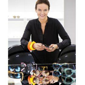 Ο Elie Saab σχεδιάζει γυαλιά ηλίου και οράσεως και είναι διαθέσιμα και στην Ελλάδα
