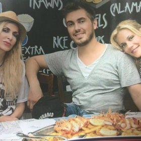 Ζέτα Μακρυπούλια-Μιχάλης Χατζηγιάννης: Δεν θα πιστεύετε ποια πασίγνωστη τραγουδίστρια αυτοπροτάθηκε να τους παντρέψει