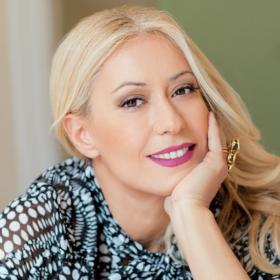 Η Μαρία Μπακοδήμου μιλά για το τηλεπαιχνίδι «Ένας για όλους» και τη νέα της εκπομπή για τη μόδα
