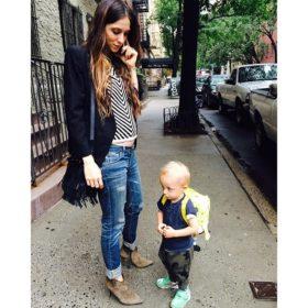 Σοφία Καρβέλα: Δείτε τον 2,5 μηνών γιο της, Νέστορα να της κάνει νάζια!