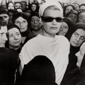 Phaedra: Μια ρετροσπεκτίβα στο στιλ της Μελίνας Μερκούρη που σημάδεψε τα 1960s