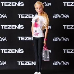 TEZENIS: Μια συλλογή εμπνευσμένη από τη Barbie, έρχεται στην Ελλάδα με απίστευτες προσφορές