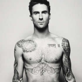 ΓΙΑΤΙ Adam; Δείτε τι έκανε ο Adam Levine στα μαλλιά του και μας βύθισε στην θλίψη…