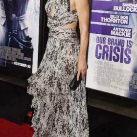 Η Sandra Bullock με J. Mendel