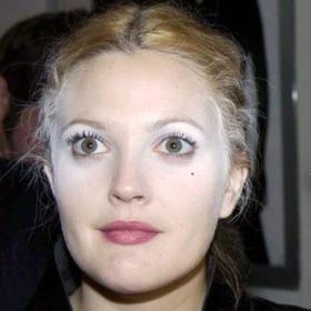 Ghost Face: Το λάθος στο μακιγιάζ των celebrities που θυμίζει Halloween