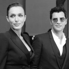 Διαβάστε τις λεπτομέρειες των looks του Σάκη Ρουβά και της Κάτιας Ζυγούλη στην πρεμιέρα της ταινίας Chevalier