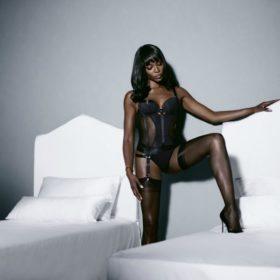 Η Naomi Campbell σχεδιάζει μία μοναδική συλλογή για τη Yamamay