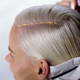 #GoldLeafHair: Το ακόμα πιο νέο trend στα μαλλιά που ελπίζουμε πως ήρθε για να εξοντώσει το #Gliteroots