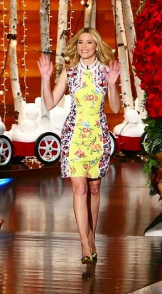 elizabeth banks, mary katrantzou, look of the day, mosaic, ellen de generes