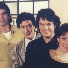 26 χρόνια μετά, οι Απαράδεκτοι κάνουν ΑΠΟΨΕ reunion στο Mega!
