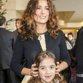 Salma Hayek: Η 8χρονη κόρη της ηθοποιού μακραίνει τα μαλλιά της για καλό σκοπό