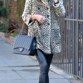 H Nicky Hilton με Chanel