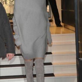 H Gigi Hadid με Stuart Weitzman
