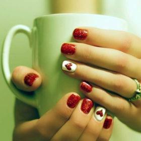 #ValentinesNails: Τα ωραιότερα σχέδια στα νύχια για την ημέρα των ερωτευμένων