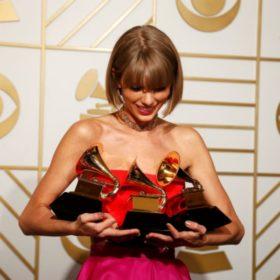 Grammy Awards 2016: Η λίστα των νικητών και τα highlight της βραδιάς