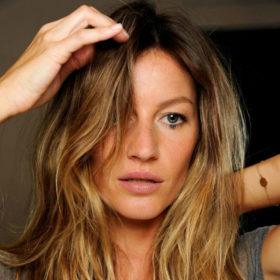 Τα μαλλιά σας «λαδώνουν» εύκολα; Έχουμε τη λύση
