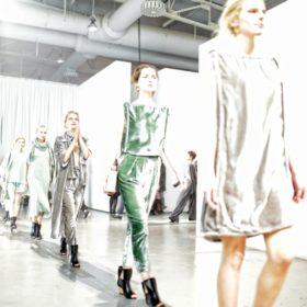 Ioanna Kourbela: Η πολλά υποσχόμενη σχεδιάστρια διοργάνωσε το ωραιότερο fashion show