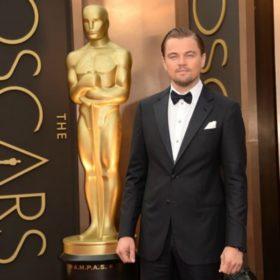 Δικαιώθηκε επιτέλους! Η μεγάλη νίκη του Leonardo DiCaprio στα Oscars και η συγκίνηση