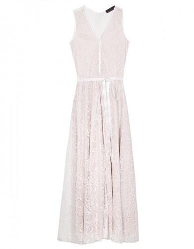 db853991b38c Lynne - Shop it! 10 προσιτά φορέματα που μπορείτε να φορέσετε αν ...