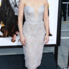 H Kristen Bell με Reem Acra
