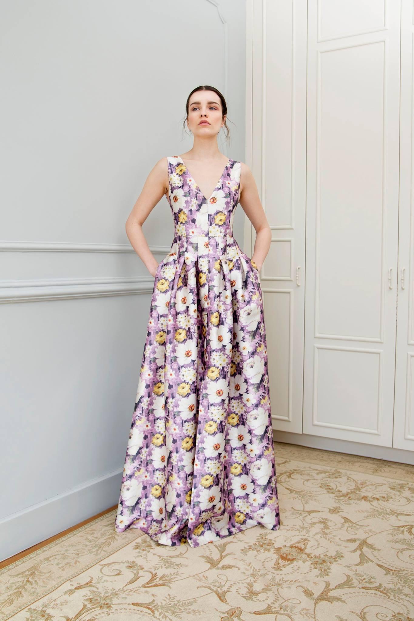168530e5c7ec Βρήκαμε τα ωραιότερα φορέματα για όσες γίνονται κουμπάρες αυτό το καλοκαίρι  - Μόδα