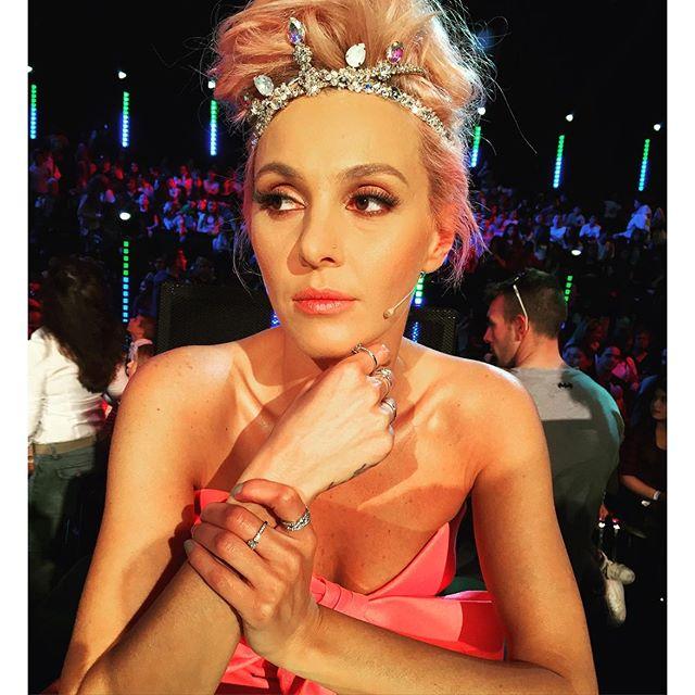 tamta, pink hair, roz mallia, xfactor