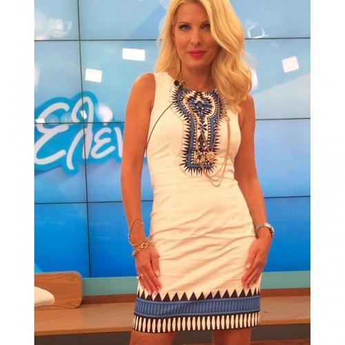f1c3fc93b47 Top 10: Τα καλύτερα φορέματα της Ελένης Μενεγάκη - Πόσο κοστίζουν ...