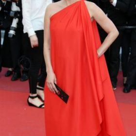 Η Kate Moss με Halston