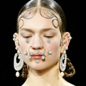 To pierce or not to pierce? Τα κορίτσια του InStyle δοκίμασαν και απαντούν