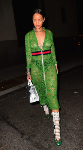 rihanna, look of the day, mosaic, gucci