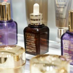 Τα δύο «miracle» προϊόντα που χρειάζεστε για αψεγάδιαστο δέρμα το καλοκαίρι