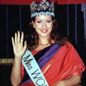 Ειρήνη Σκλήβα: Δείτε πώς είναι σήμερα η «ωραιότερη γυναίκα του κόσμου» χωρίς μακιγιάζ