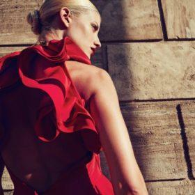 Βρήκαμε τη φανταστική ολόσωμη φόρμα της Ευαγγελίας Αραβανή