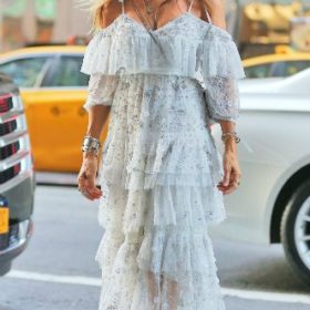 H Sarah Jessica Parker με Needle and Thread