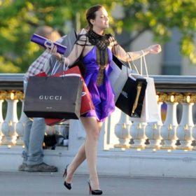 8 λάθη που πρέπει να σταματήσετε να κάνετε στο shopping μετά τα 30