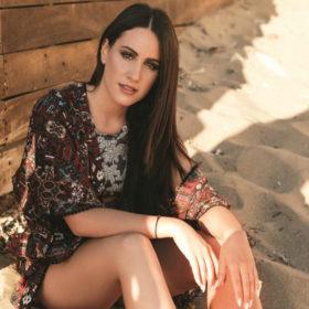 Μαλού Κυριακοπούλου: Η «φυγή» στην Αθήνα με το ΚΤΕΛ από Καλαμάτα για να κυνηγήσει το όνειρό της
