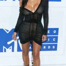 Η Kim Kardashian με John Galliano