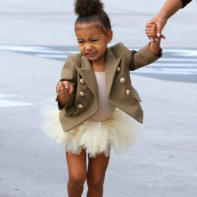 Mini fashion icon: Η North West είναι η fashionista που όλες θα θέλαμε να είμαστε στα παιδικά μας χρόνια