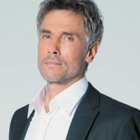 Αγνώριστος ο Σταύρος Ζαλμάς: Δείτε το νέο look του ηθοποιού!
